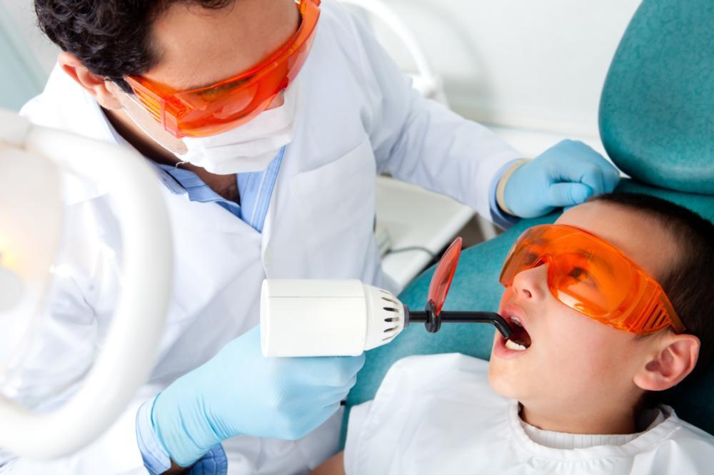 Infant oral health | child in dental chair | palos heights IL dnetist