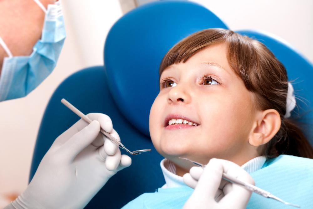 child in dentist chair | Silver Diamine Fluoride in Palos Heights IL