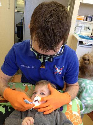 Young child at dentist in palos heights