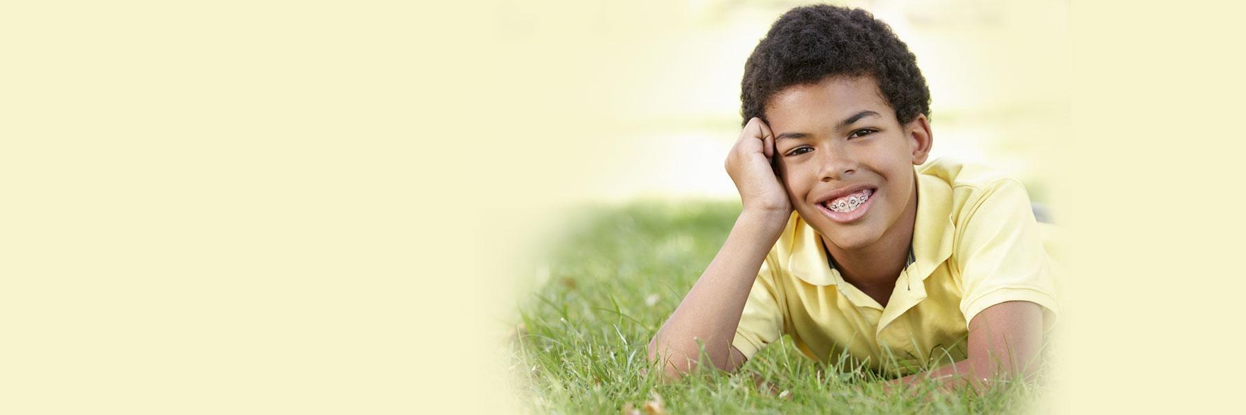 Kid with braces | Orthodontic treatment Palos Heights